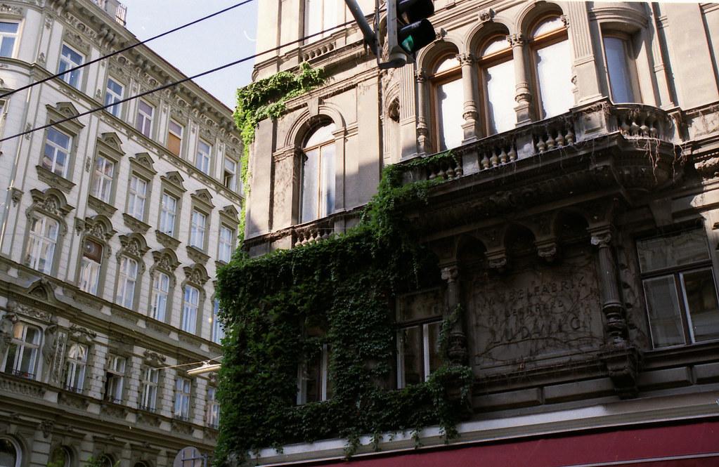 Fassade-Analog-Wien_4