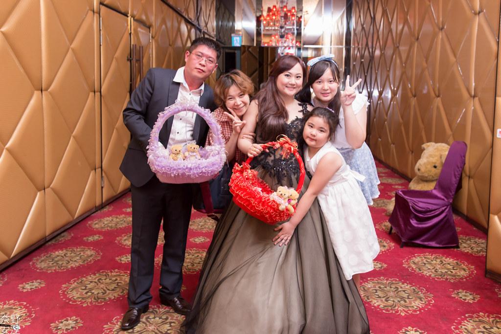 婚禮攝影-高雄-晚宴-士元&馨予 X 享溫馨囍宴會館  (74)