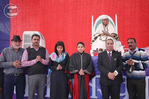 Releasing DVD of 69th Annual Nirankari Sant Samagam