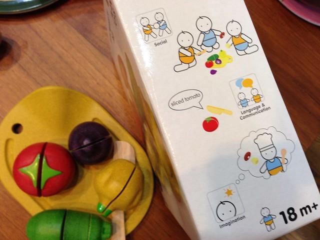 可以促進寶寶的社交能力、語言與溝通技巧、想像力@PLAN TOYS蔬果切切樂