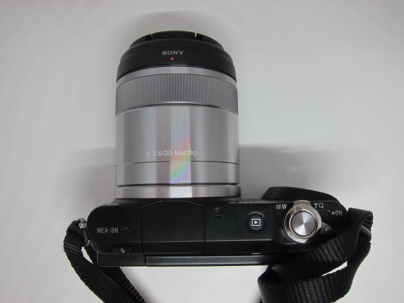 Sony E 30mm F3.5 Macro Lens - With Sony NEX-3N