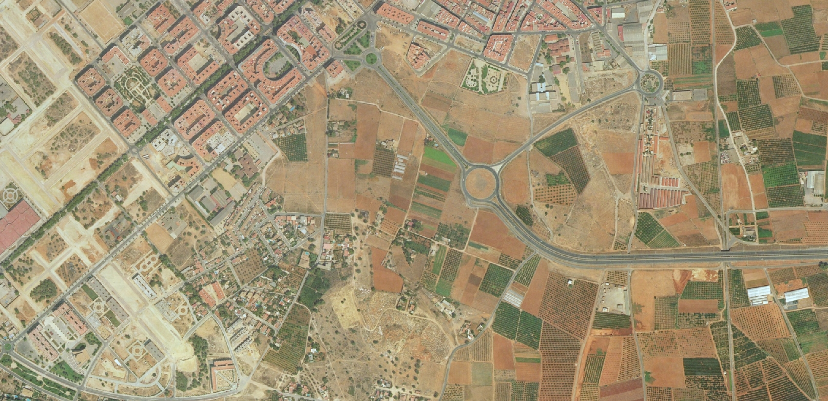 torrent, valencia, ha decaído, antes, urbanismo, planeamiento, urbano, desastre, urbanístico, construcción