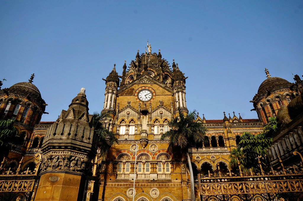 Мумбаи, железнодорожный вокзал
