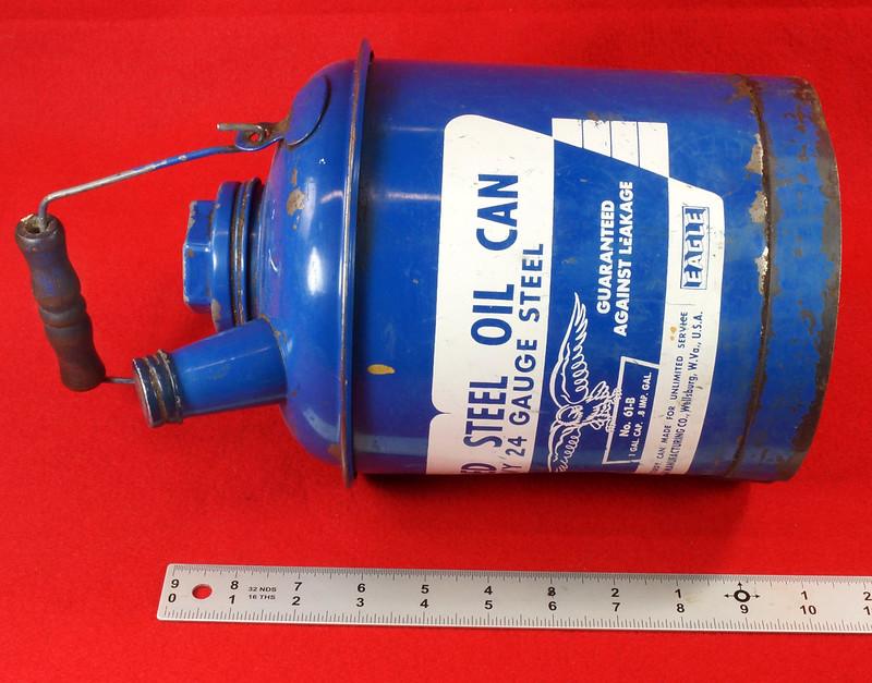 RD7979 Vintage Original Eagle Welded 24 Gauge Steel Blue 1 Gallon Oil Can DSC08049