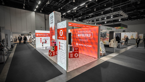 panoramiclightbox_seismofactory_myymala2015_booth_2_16536316098_o