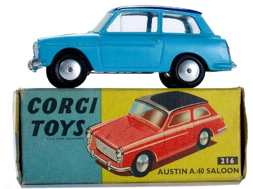 23 Corgi Austin  A40