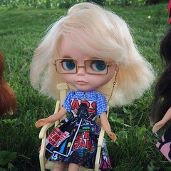 Rocking some #plasticfashion and #tailorgibson glasses. #kenner #kennerblythe #blythe #blythedoll