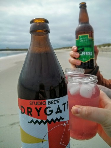 Cocktails and beers at Crossapol beach, Tiree