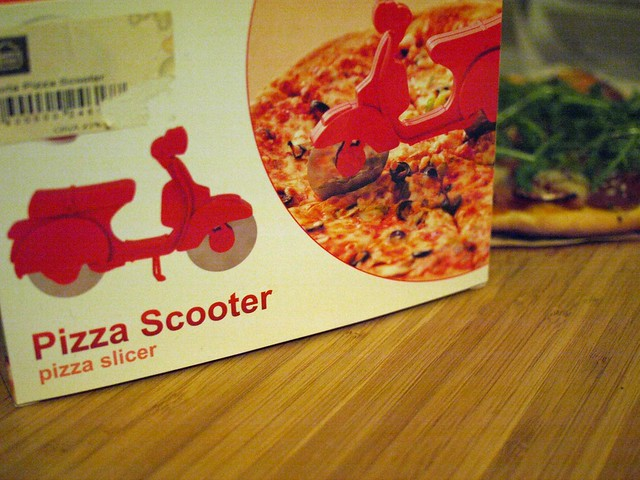 pizza scooter