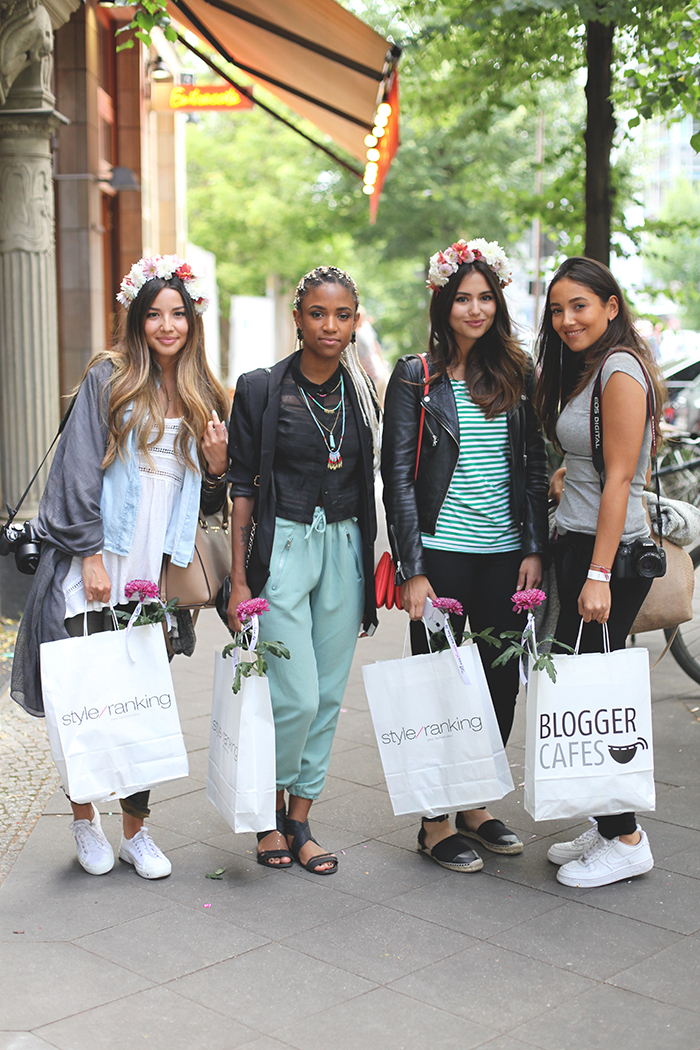 Fashionblogger Streetstyle mit Goodiebags