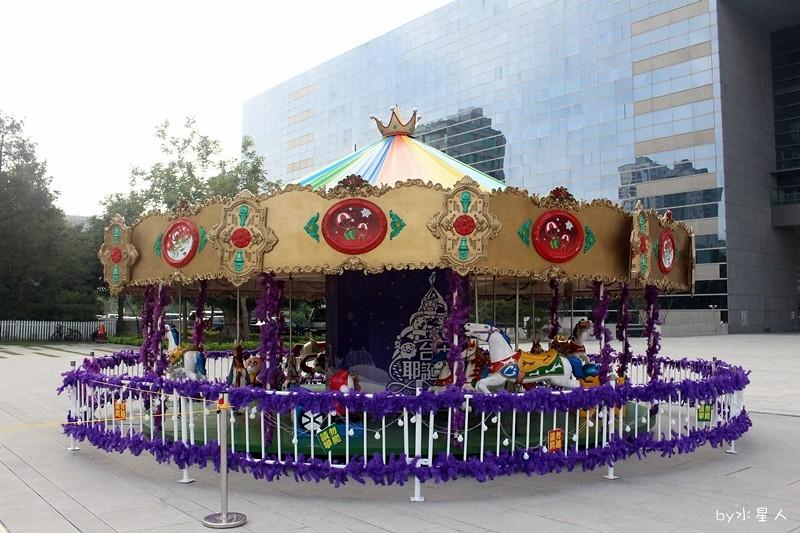 30748210854 7200506b25 b - 2016台中耶誕YA!耶誕嘉年華,市政廣場耶誕節系列活動,讓你白天與夜景一次看個夠