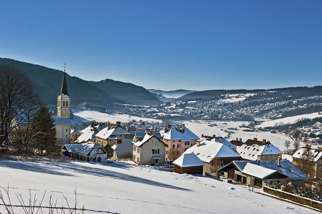 French Swiss border, Vue des Brenets (Ch ) sur la France voisine.  paysage franco-suisse.  No. 6666.
