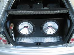 wheel(0.0), rim(0.0), steering wheel(0.0), alloy wheel(0.0), spoke(0.0), vehicle audio(1.0), automobile(1.0), automotive exterior(1.0), sport utility vehicle(1.0), vehicle(1.0), compact car(1.0), bumper(1.0), sedan(1.0), land vehicle(1.0), luxury vehicle(1.0),