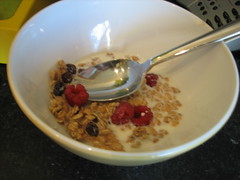 snack food(0.0), breakfast cereal(1.0), meal(1.0), breakfast(1.0), produce(1.0), food(1.0), dish(1.0), muesli(1.0), cereal(1.0), cuisine(1.0),