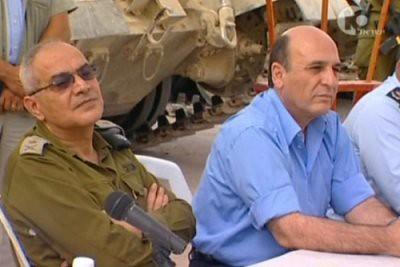haluts_mofaz1 | Israeli TV, channel 10, 2005 | tonyatheartist | Flickr