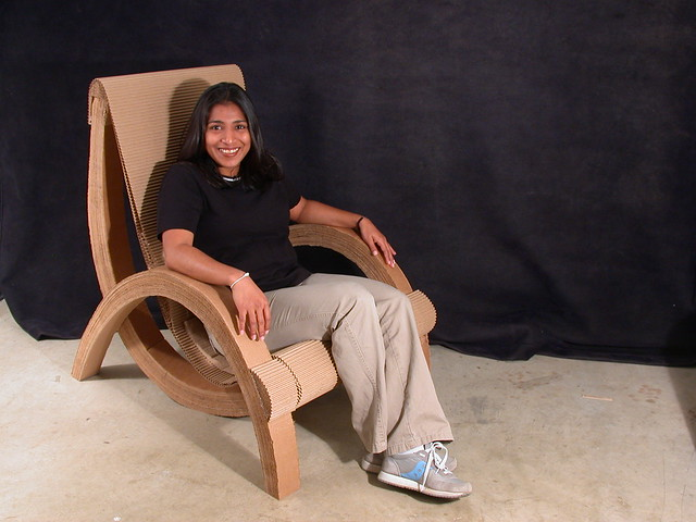Laminated Catenary Cardboard Chair