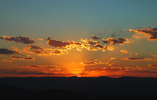 sunset orange clouds mountains valley dusk sky blue amazing fantastic amateur nikond70 d70 nikon color nature ilovenature usa va shenandoah shenandoahvalley nationalpark 510fav