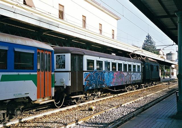 arezzo chiusi italy train - photo#4