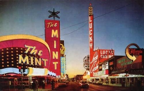 lucky casino las vegas history
