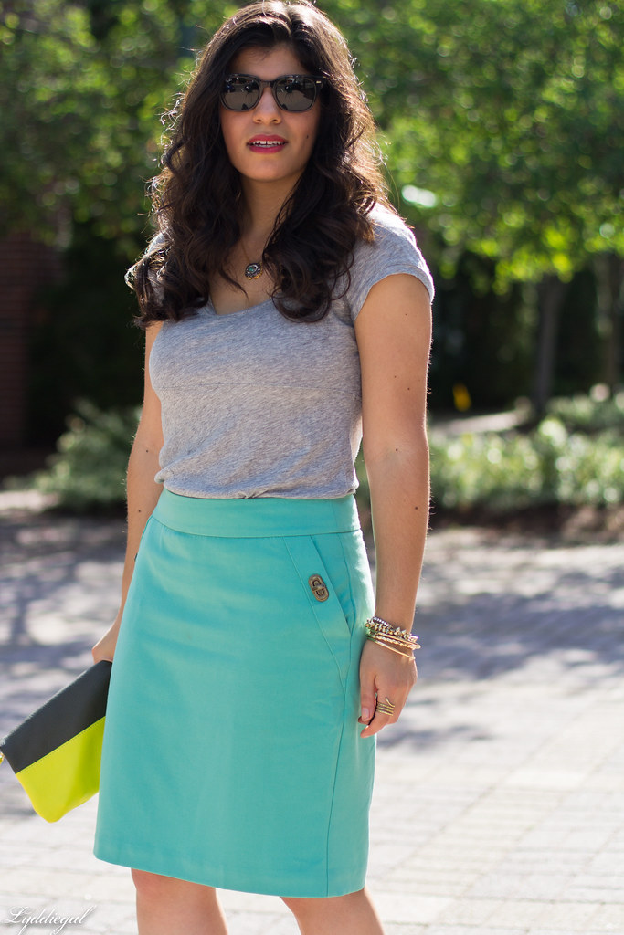 mint green pencil skirt, grey tee, neon clutch-3.jpg