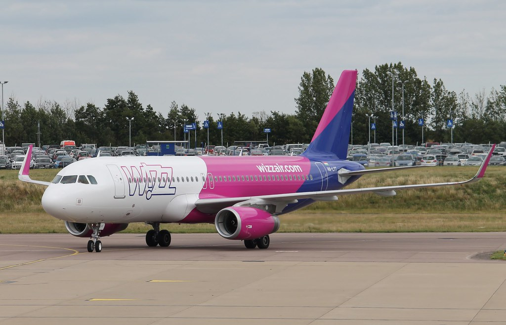 HA-LYT - A320 - Wizz Air