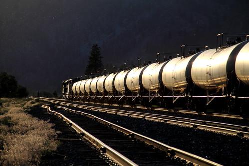 train montana sub 4th rail gas stick local mrl