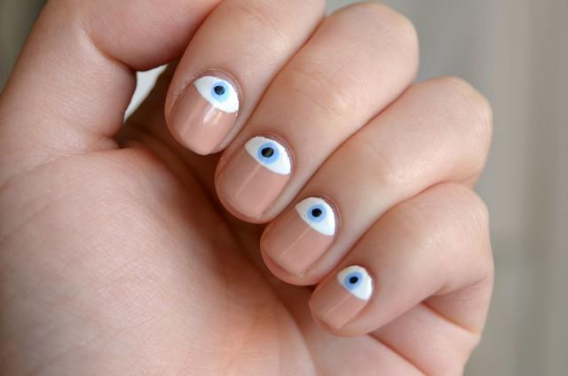 Sleep And Water Evil Eye Nails