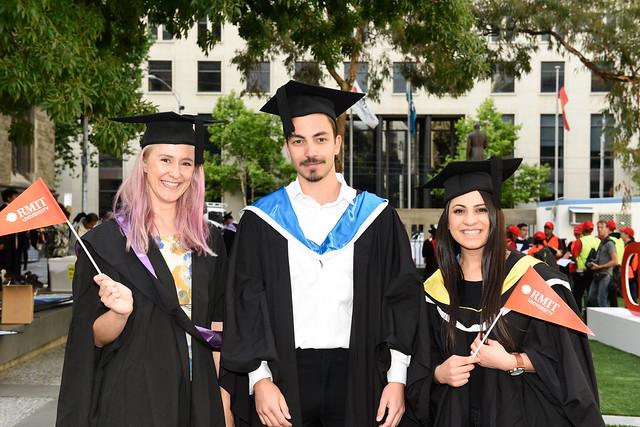Graduation celebrations take over the streets - RMIT University