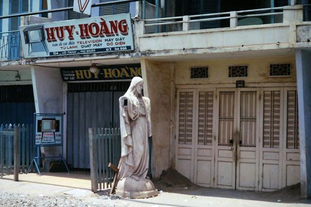 SAIGON 1967-68 - Photo by ARCHIE GORDON - Đường Võ Tánh, Phú Nhuận