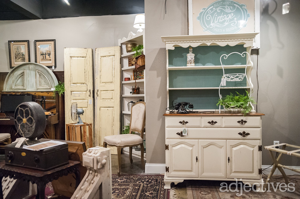 Adjectives Featured Finds in Altamonte by All Things Vintage