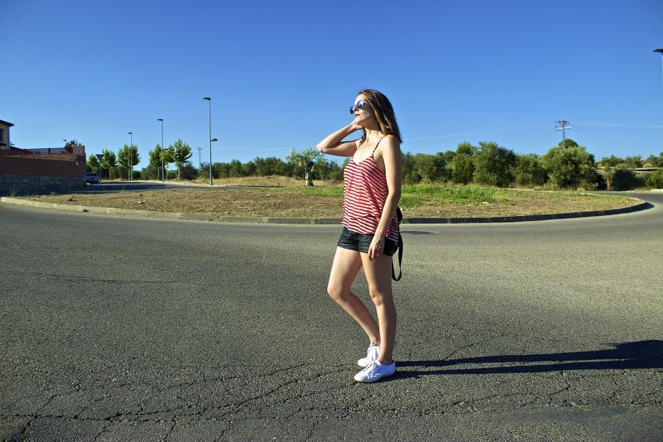 lara-vazquez-mad-lula-style-fasjhionblog-blogger-stripes-red