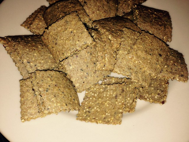 First batch of whole grain crackers (the wholegrainalice.com way)