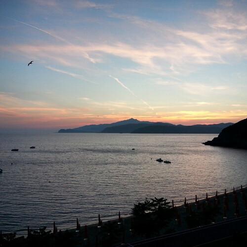 tramonto spiaggia innamorata