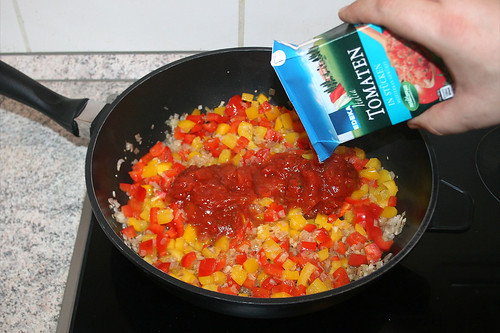 32 - Tomaten hinzu geben / Add tomatoes