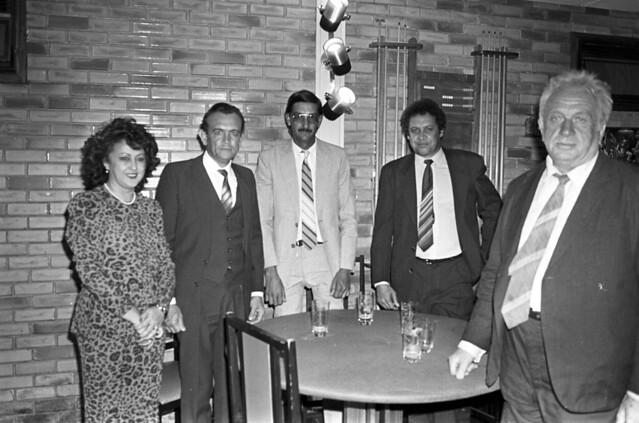 Convidados de Caravana de Goiás, na Residência Oficial de Águas Claras em 20/09/1988.