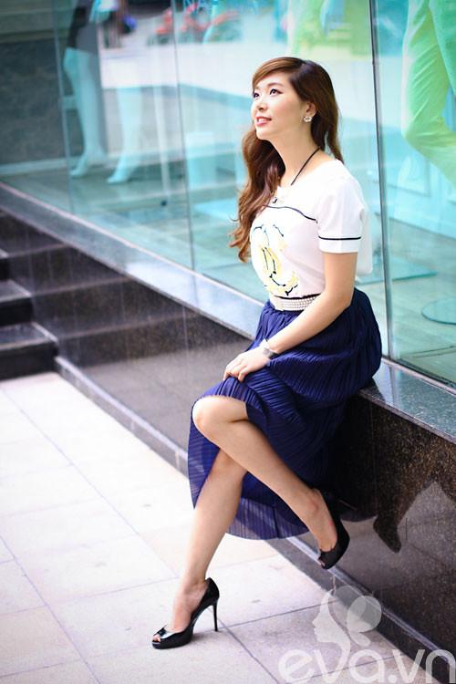 Eva đẹp: Cô chủ shop 'mê mệt' váy maxi