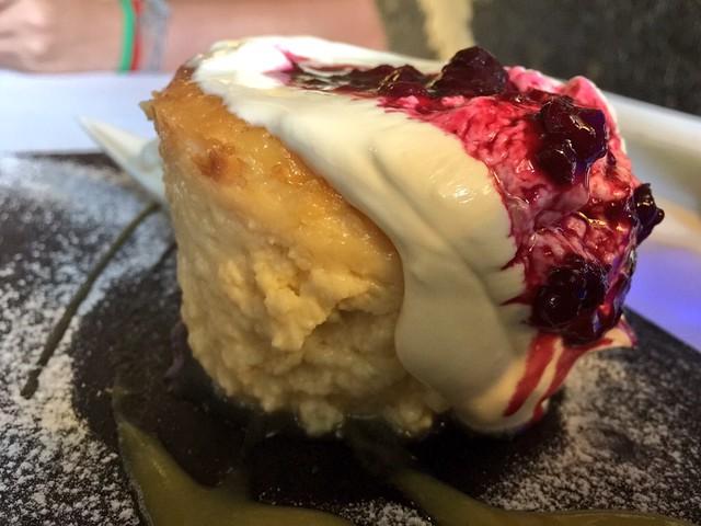 Pastel de queso y crema de yogur del Hotel Termal Burgo de Osma