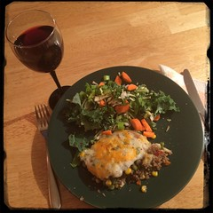 #Homemade #SheppardsPie #CucinaDelloZio w/ #wine & #salad