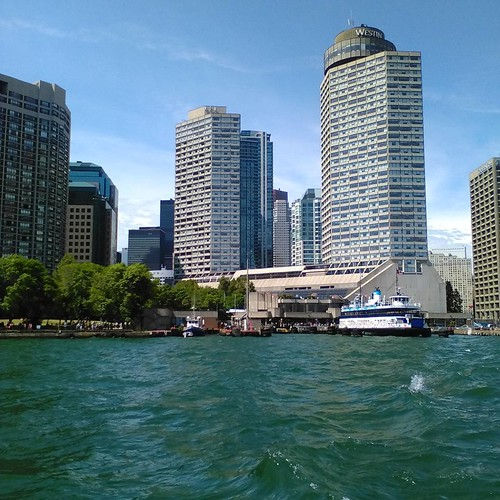 Looking back #toronto #torontoislands #ferry #jacklaytonferryterminal