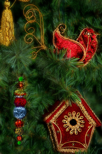 Scarlet Aviary ֍ Christmas Ornaments