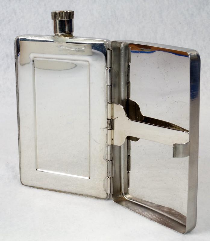 RD15128 Choppers Emblem Ace of Spades Metal Pocket Flask & Cigarette Case DSC08216