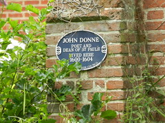 Photo of John Donne blue plaque