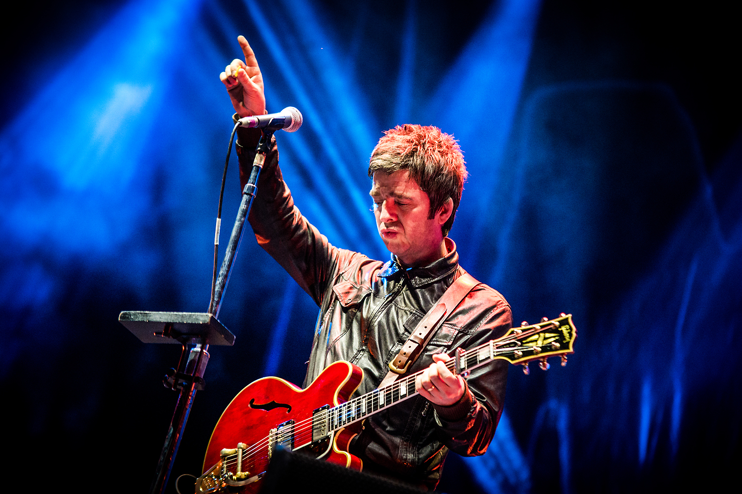 BKS 707 - Noel Gallagher's High Flying Birds