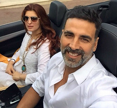 Akshay Kumar and Twinkle Khanna Hangouts Pictures