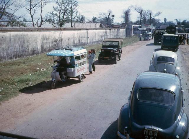 SAIGON 1965 - Gò Vấp - by Earle Hayford