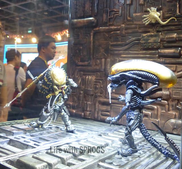 Herocross Predator vs Alien