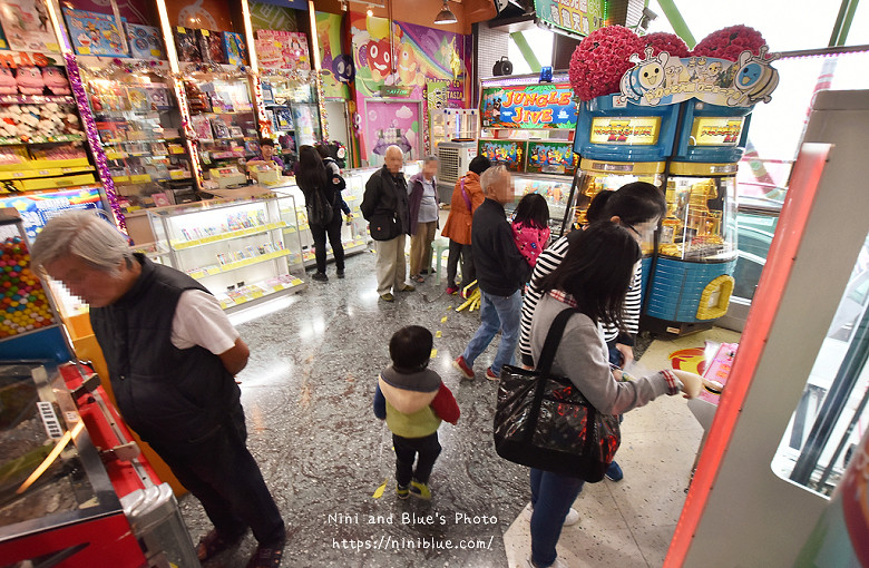 香港西九龍中心逛街商場28