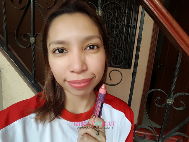 happy-skin-shut-up-and-kiss-me-moisturizing-matte-lippie-12