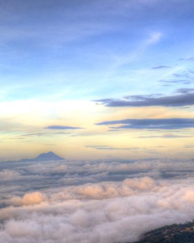 sky clouds sunrise guatemala amanecer cielo nubes mirador vulcano volcán huehuetenango cuchumatanes tacaná viewpont