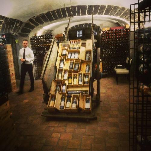 La #cantina #cellar #wines #vini